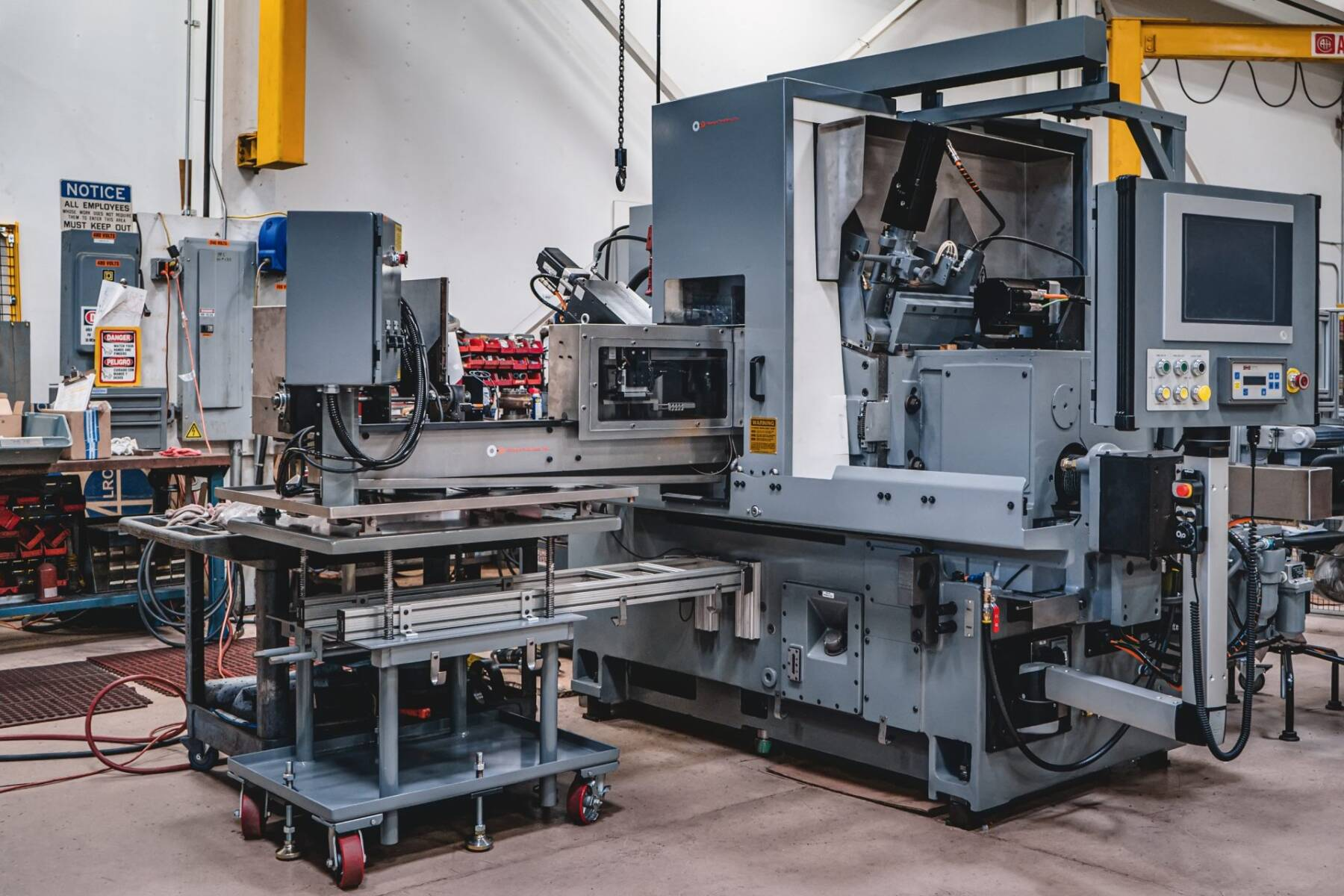 Cincinnati 220-8 CNC Centerless Grinder